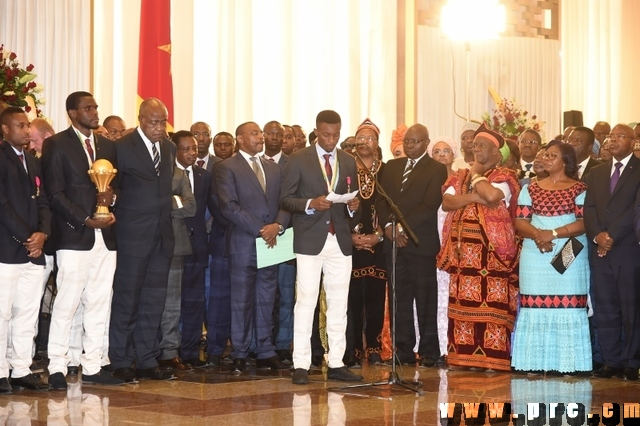 R ception des lions indomptables au palais de l 39 unit journal du cameroun - Table de capitalisation gazette du palais 2013 ...