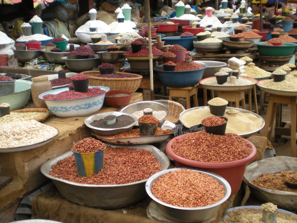 """Result of image search for """"market mfoundi cameroon"""""""